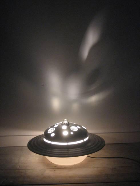 Ufo:  Woonkamer door blikvanger
