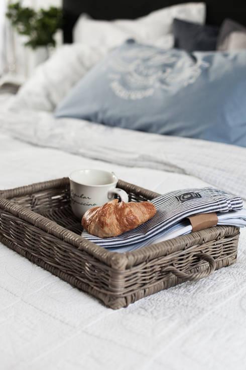 Dormitorios de estilo escandinavo de Studio Inaczej