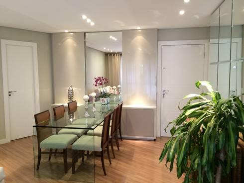 Apartamento CD: Salas de jantar rústicas por Roesler e Kredens Arquitetura