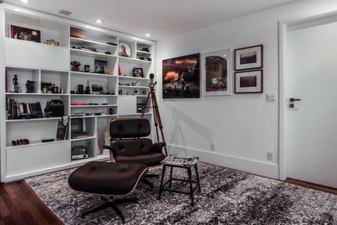 Apartamento Campo Belo: Salas de estar modernas por SP Estudio