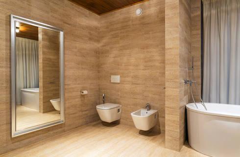 ДОМ В ПОСЕЛКЕ ПОЛИВАНОВО: Ванные комнаты в . Автор -  Aleksandr Zhydkov Architect
