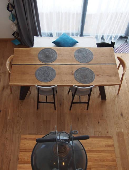 Salas de jantar rústicas por Projekt Kolektyw Sp. z o.o.