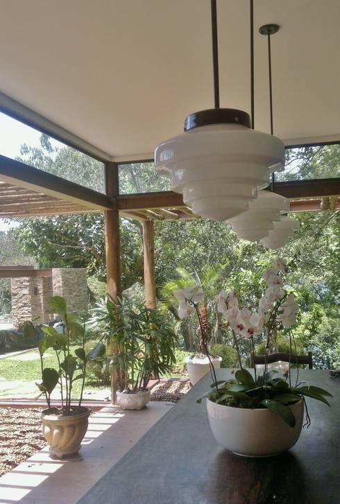 Comedores de estilo  por Kika Prata Arquitetura e Interiores.