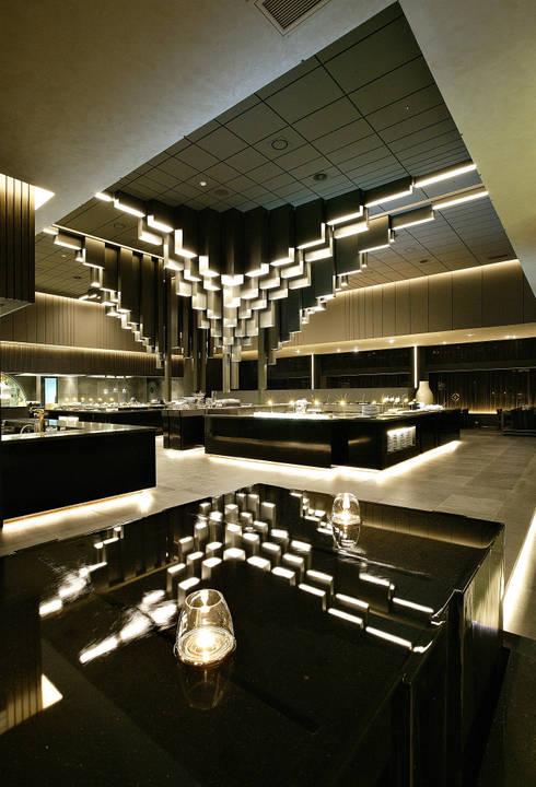NAMUS Boutique Restaurant: CHIHO&PARTNERS의  레스토랑