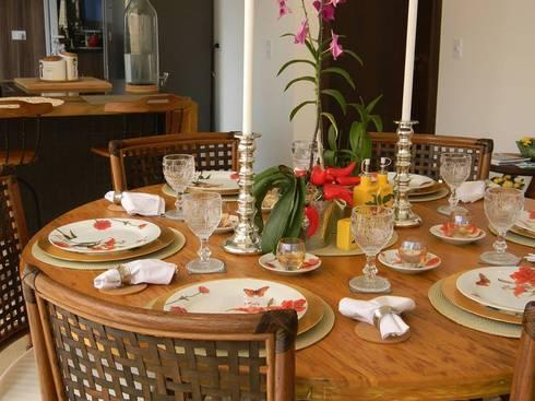 Projeto de Interiores – DG: Sala de jantar  por Paula Folim - Arquitetura e Interiores
