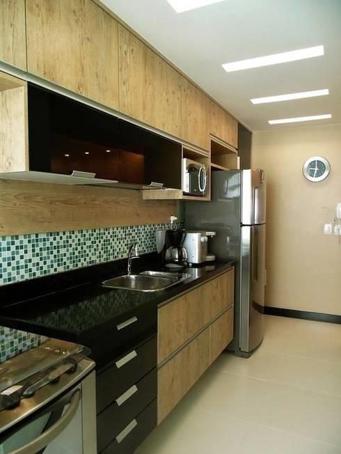 Cozinha: Cozinhas  por Paula Werneck Arquitetura