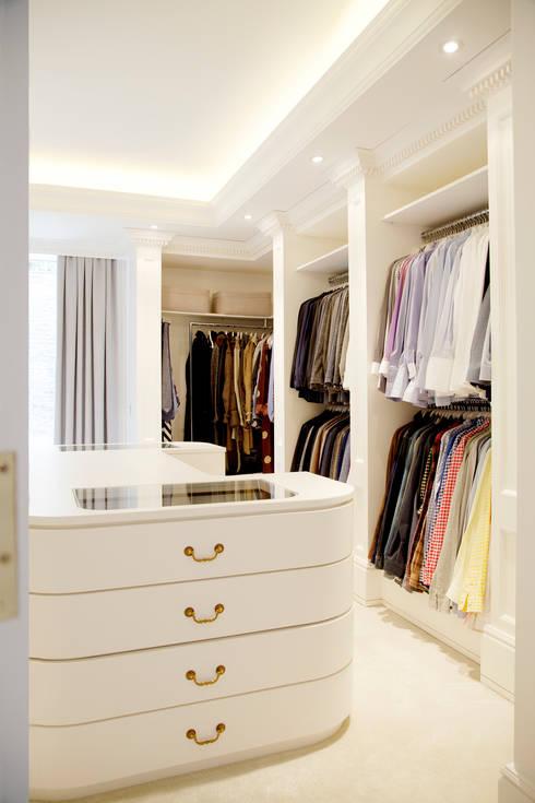 Kerim Çarmıklı İç Mimarlık – Çubukluvadi Evi :  tarz Giyinme Odası