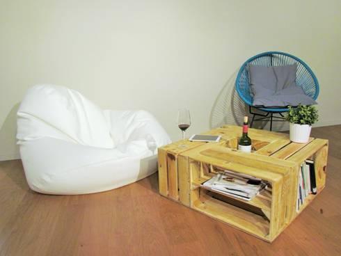 Mesa de centro rústica: Salones de estilo moderno de Mueblets