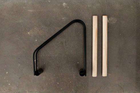 WAO Bike Stand: Hogar de estilo  de Sergio Mendoza
