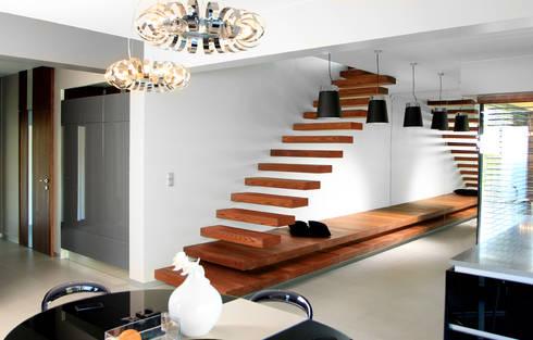 Dom w Gorzowie: styl , w kategorii Korytarz, przedpokój zaprojektowany przez STRUKTURA Łukasz Lewandowski