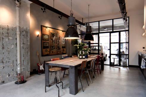 Industriale esszimmer von bricks studio