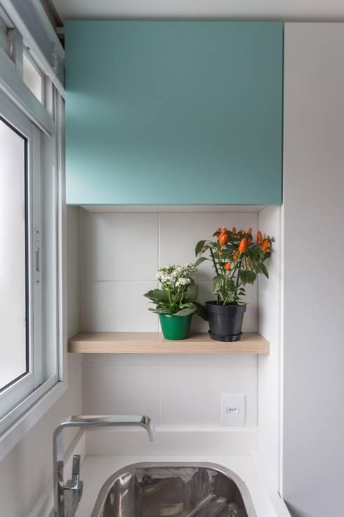 Apartamento CB: Cozinhas modernas por Moove Arquitetos