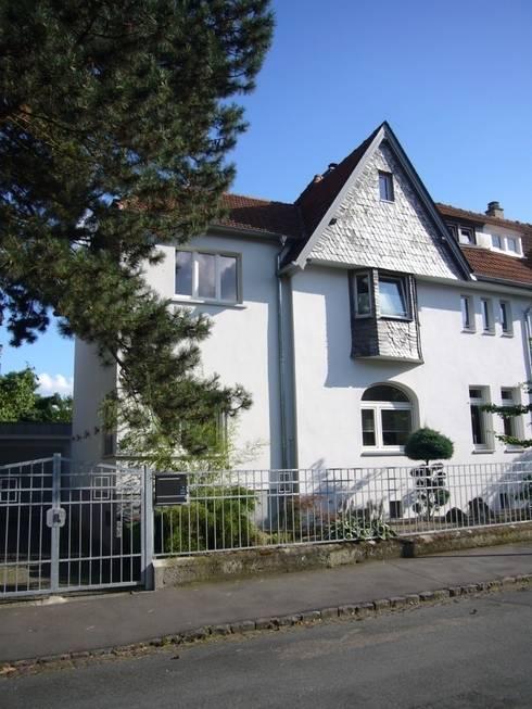 Fassade: moderne Häuser von ketterer innenarchitektur