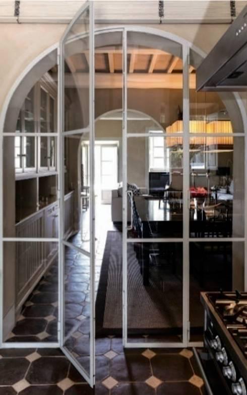 Casa Nuova: Sala da pranzo in stile in stile Moderno di Studio Mazzei Architetti