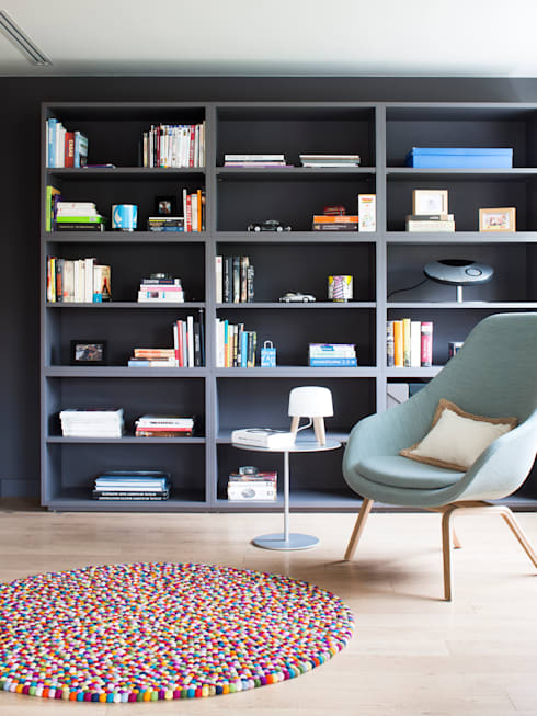 minimalistic Study/office by A! Emotional living & work