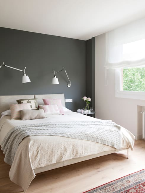 minimalistic Bedroom by A! Emotional living & work