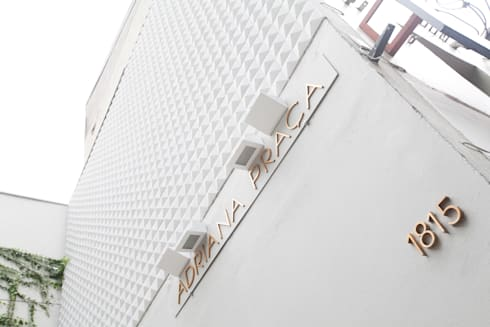 Fachada : Lojas e imóveis comerciais  por Arquitetura Juliana Fabrizzi