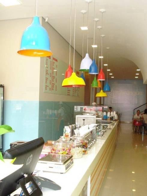 Sorveteria Merengue: Espaços gastronômicos  por Arquitetura e Interior Carla Pagotto