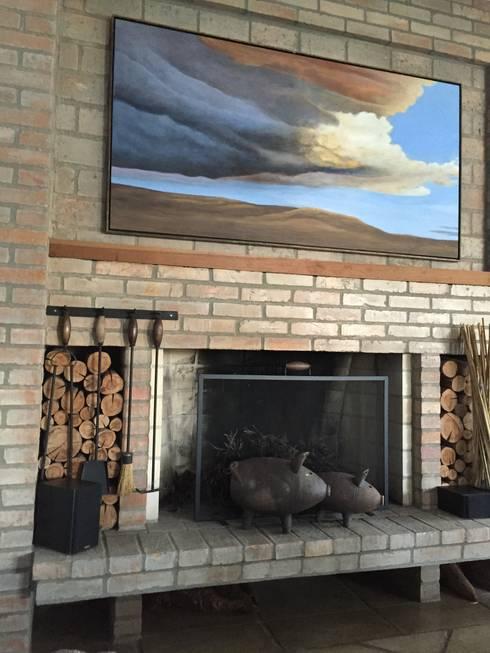Living room by Tellini Vontobel Arquitetura