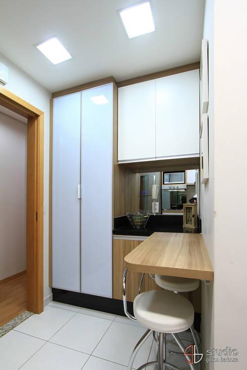 Cozinha: Cozinhas  por Camila Tannous Arquitetura & Interiores