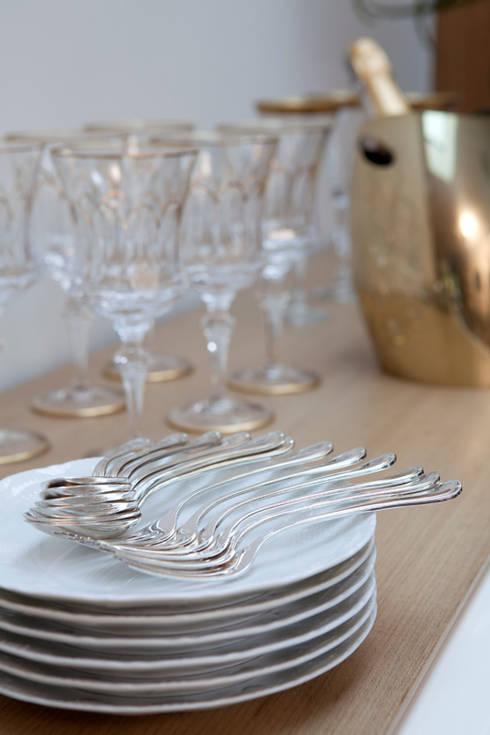 Casa de Vila: Sala de jantar  por CSDA Arquitetura e Interiores