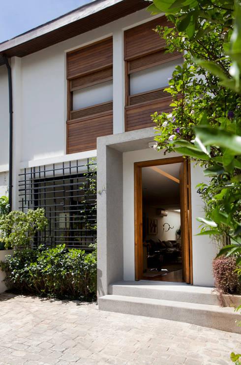 Casa de Vila: Casas modernas por CSDA Arquitetura e Interiores