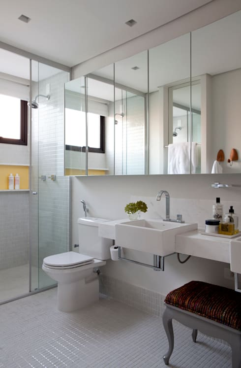 Casa de Vila: Banheiros modernos por CSDA Arquitetura e Interiores