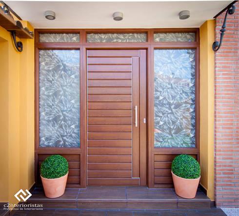 Diseño vivienda en Benalmádena: Casas de estilo moderno de C2INTERIORISTAS