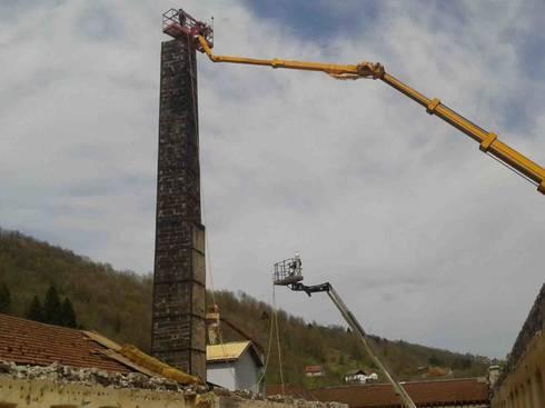 Rehabilitation d 39 une ancienne usine textile en 7 cellules commerciales par architecture 3j homify - Demolition cheminee ancienne ...