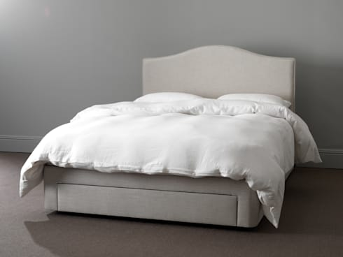 Dreamy divans by button sprung homify for Bedroom divan