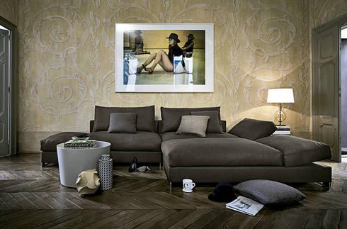 Sofá Moving de Arketipo: Salones de estilo moderno de XETAI ALTZARIAK