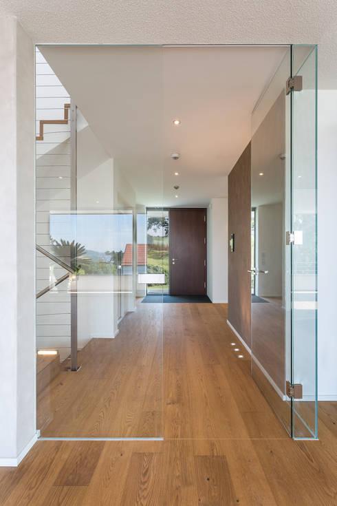 m67 architekten:  tarz Koridor ve Hol