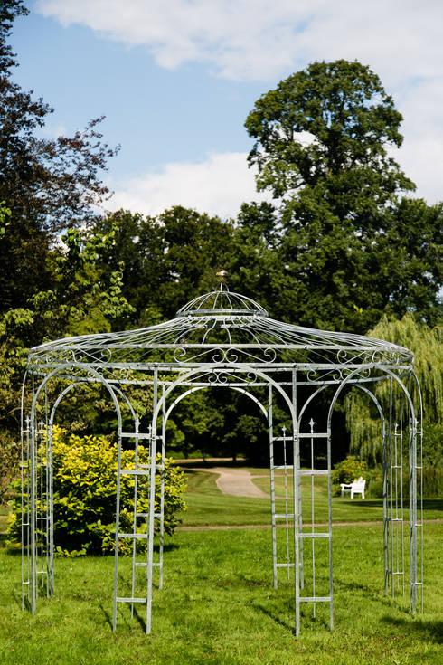 Gartenpavillon Eleganz 350cm Zink: klassischer Garten von Holz-Wohn-Bau GmbH - kuheiga.com