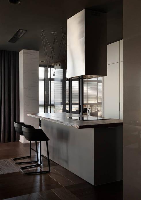 Cocinas de estilo minimalista por INCUBE Алексея Щербачёва