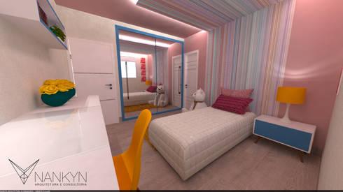 SQ1: Quarto infantil  por Nankyn Arquitetura & Consultoria