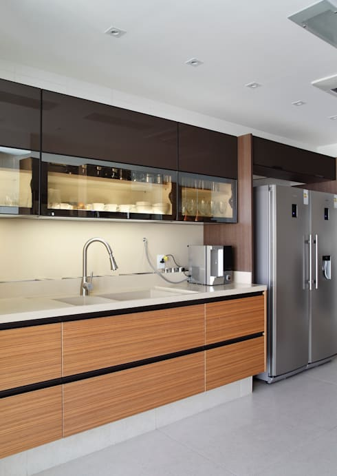 modern Kitchen by Ana Adriano