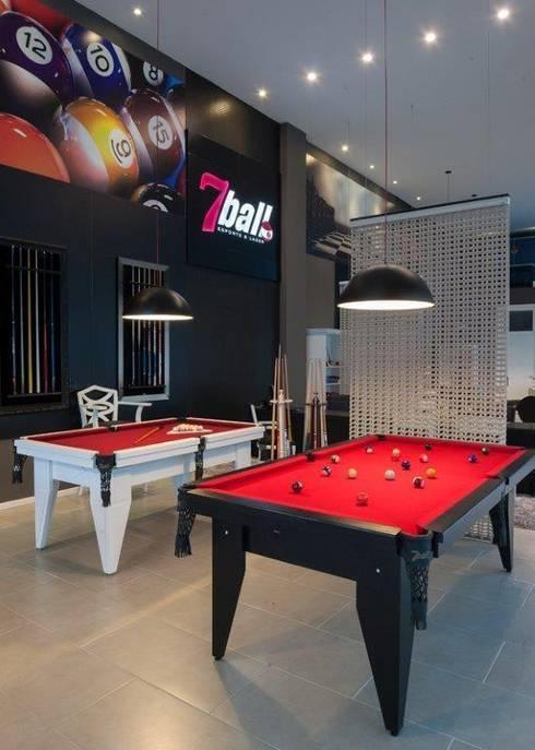 LOJA 7BALL: Lojas e imóveis comerciais  por Adriane Cesa Arquitetura