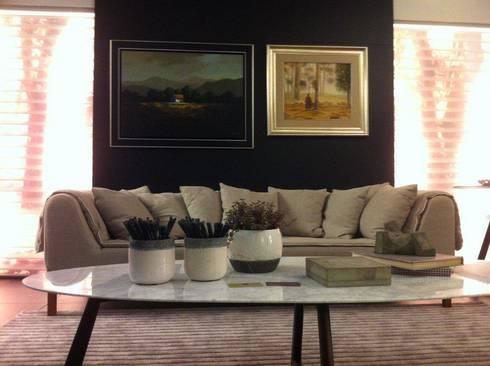 SALA DE ESTAR_2: Salas de estar modernas por Adriane Cesa Arquitetura