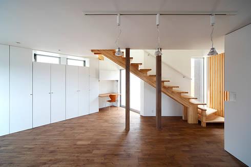 いれこ: +0 atelier | プラスゼロアトリエが手掛けた廊下 & 玄関です。