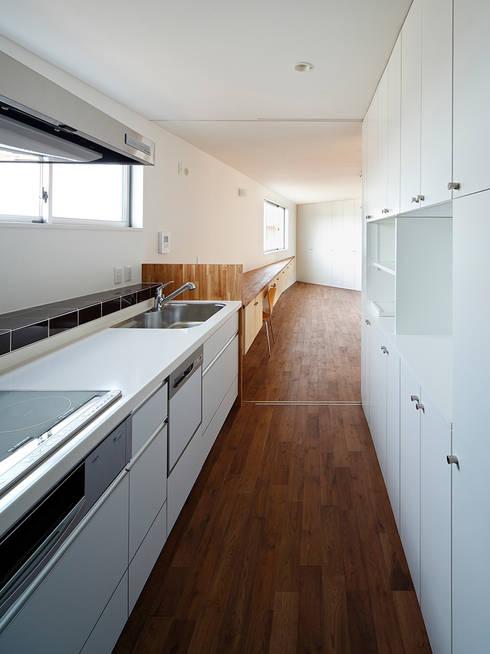 いれこ: +0 atelier | プラスゼロアトリエが手掛けたキッチンです。