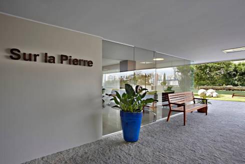 Condomínio Alameda: Casas modernas por Coutinho+Vilela