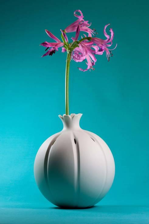 Vase Mohnkapsel:  Wohnzimmer von abendroth-porzellan