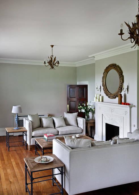 Blue Isle: classic Living room by Blue Isle Interiors Ltd