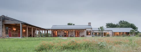 River Ranch Residence: country Houses by Hugh Jefferson Randolph Architects