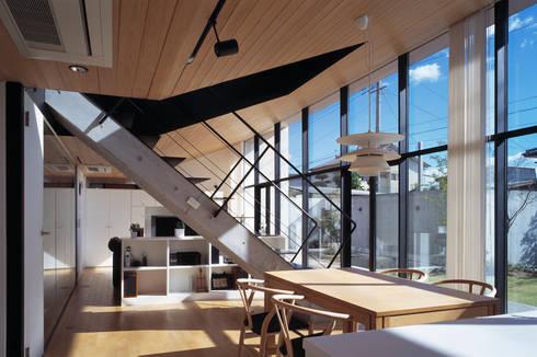 LDK: プライム建築都市研究所が手掛けたリビングです。