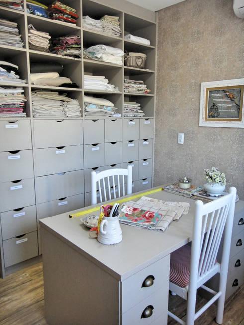 Study/office by Gabriela Herde Arquitetura & Design