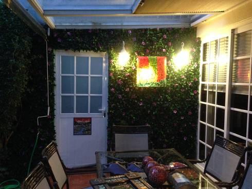 patio : Casas de estilo topical por Armatoste studio