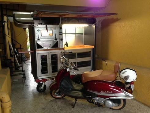 food truck : Restaurantes de estilo  por Armatoste studio