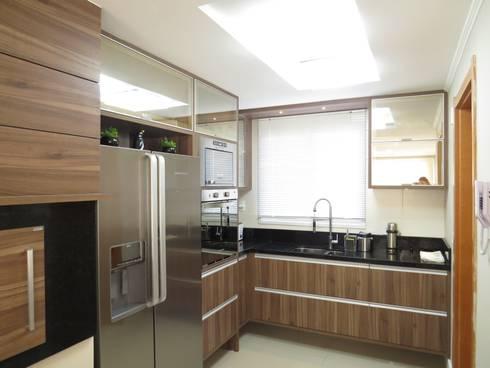 Cozinha americana: Cozinhas modernas por Paula Oliveira Szabo Arquitetura