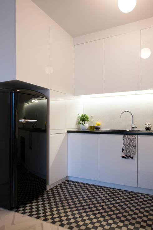 38 m, Plac Zbawiciela, Wwa: styl , w kategorii Kuchnia zaprojektowany przez dziurdziaprojekt
